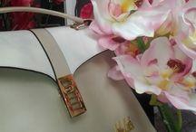 Nolita bags / #Nolita presenta le collezioni #bags e accessori per la prima volta...dopo l'enorme successo avuto con le sue linee di abbigliamento, il brand milanese è deciso a sbaragliare la concorrenza con borse e portafogli dallo spiccato spirito #glamour !!