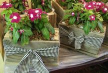 rustic wooden center pieces