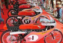 CLASSIC Honda Racing Bikes