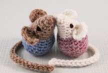 Free crochet toy patterns / by Maria Lovelock