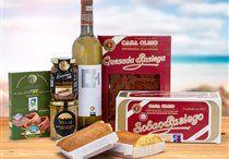 """De lo nuestro, lo mejor / Sólo la selección de los mejores productos consiguen el adjetivo de Delicatessenque, por su calidad, originalidad y autenticidad. Productos gourmet cómo quesos asturianos, vinos del Priorato, pimentón de La Vera, miel de La Alcarria, jamón de Jabugo, mejillones de las Rías Gallegas, vinagre de Jerez... Nuestro deseo es acercarte a tu casa un pedacito de cada sitio. Disfruta de las Experiencias Gourmet más especiales. Delyco te trae """"De lo nuestro, lo mejor""""."""