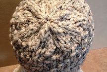 Knifty Knitting Projects / by Susan Berry