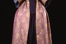 Costume féminin XVIIème féminin