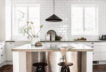 Classic Subway Tile Kitchen Backsplashes