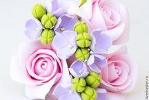 Flowers and bouquets gum paste, cold porcelain/clayflowers