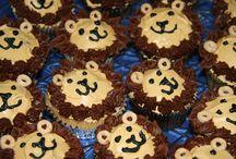 cupcakes  / by Olivia McIntosh