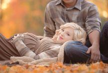 Babybauch im Herbst