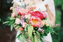 Bohemian Wedding / Boho Wedding of N + M  Florals // Molly Taylor and Co. Photography // Studio Elle Photography Catering // Hudson's Catering Baker // Vegan Sweet Tooth  Venue // Thorncreek Winery