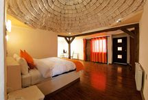 Las Habitaciones / Conociendo el Palacio de Sal, hotel construido con bloques de sal en el Salar de Uyuni, Potosí, Bolivia.