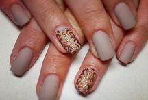 nails! !!