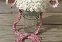 Crochet - hats, shawls, cocoons / by Esther Zwagerman