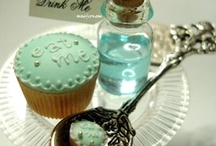 Alice inspiration / by Papeℓ Couture  {Yaʑ