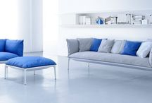 MDF Italia / De meubels van MDF Italia zijn ontworpen met uw woonruimte in het achterhoofd. De meubels moeten een aanvulling vormen op uw interieur, maar op een ingetogen manier. Vanaf de oprichting in 1992 door Bruna Fattorini heeft MDF Italia producten gecreëerd met een ogenschijnlijke eenvoud, maar die tegelijkertijd zeer innovatief zijn.
