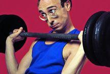 """Dimagrire senza perdere muscoli / Vuoi perdere grasso in eccesso senza veder scomparire i tuoi muscoli? Nulla di più semplice!! segui questi consigli: -Inizia una dieta equilibrata e proteica, - Aumenta il fabbisogno calorico. A trasformare il cibo in """"carburante muscolare"""" ci penseranno i migliori integratori per massa muscolare!!! scopri quali sono su: http://www.comemetteremassamuscolare.com/."""