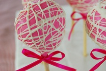 cake pops / by Angelique Roos