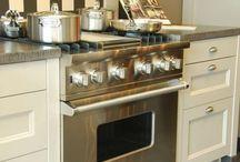 Fornuizen Keukenhof van Holten / Houdt u ook zo van koken en bakken? Op dit bord vindt u fornuizen die het centrale punt vormen in de keuken.