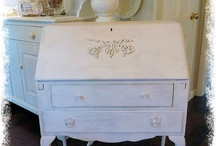 Furniture Makeovers / Here you'll find furniture (and maybe complements) that have undergone a transformation of one sort or another!