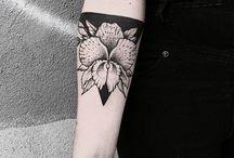 Tatuaże z kwiatami