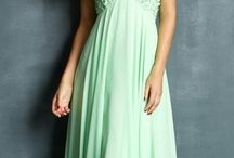 Prom dresses<3