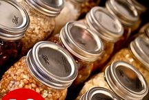 Food Storage and Stockpiling / How to stockpile your pantry for less and the best food storage ideas. / by Sunny Simple Life - simple living everyday