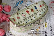 Cosmetic bag with clasp. DIY tutorial