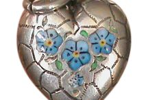 Forget Me Nots Flowers - Vintage Charms & Bracelets