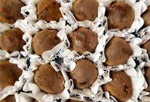 Nossos doces / Bombons, trufas, docinhos e doces finos Doces & Delícias.