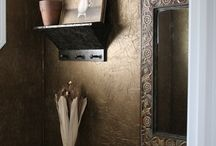 Powder Rooms / by Mikele Delmore