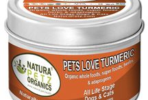Pets Love Turmeric - Nutritional Health Topper / Pets Love Turmeric is an organic, super food from the Amazon that is a highly specialized adaptogen plant, which helps identify metabolic, environment, emotional and oxidative stress in your dog and cat.  Chicken flavored, it's an easy way to top off your pet's nutrition.  Turmeric is a potent anti-oxidant that may help fight disease, boost your pet's immune system, soothe the digestive system and help limit inflammation and pain response throughout the body.