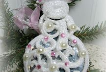 Christmas Shoppe Holiday Gifts and Treasures / Gorgeous handmade Christmas holiday gift giving ideas, home decor, holiday gift tags, special sales and more in The Christmas Shoppe at Shabby Cottage Shops.com