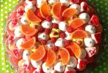 Tartas dulces y gominolas