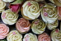 Wedding Cupcakes / by Jen Morris