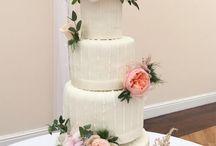 Jacqui O Wedding Cake