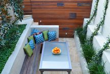 Three tiny courtyard makeovers / When you've only got a very small courtyard or balcony, every bit of space counts and you need a special garden place that will delight you when viewed from inside
