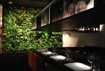 Tartufi&Friends Milan and London / The indoor vertical gardens characterize and decorate originally the environments and, for this reason, the famous restaurant 'Tartufi&Friends' Milan and London, situated inside of Harrods, decides to insert this natural and scenic background in its space.