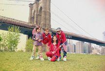Big Apple / EPK inicia su temporada Otoño con el grupo BIG APPLE, Los colores de la bandera americana inspiran este grupo. Los taxis, la estatua de la libertad y manzanas representan a la ciudad de Nueva York en franelas, -labels- y en los distintos diseños de la colección.
