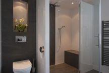 douche toilet in een