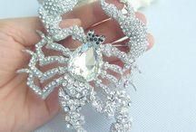 Jewellery & accessorize