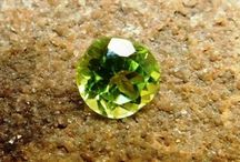 natural greenish peridot