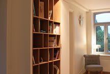 Aménager un couloir, coin bibliothèque sur mesure