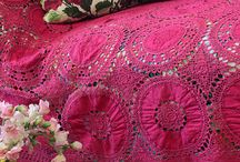 embroideries / Hand made embroideries all over the world with several stitches
