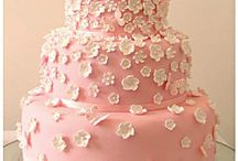 wedding cakes / no thanks to the fondant 