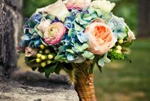 Flowers & Bouquets / It's just incredible what florists can create uniquely for you and your wedding.  Here are some of the masterpieces that we are obsessed with.
