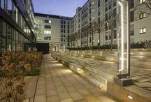 """Projekt: Pariser Höfe, Stuttgart / Lichtdesign: Gabriele Allendorf, light identity, München Iconic Award-Gewinner 2014 in der Kategorie """"product"""""""