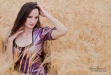 Modèles / dans les champs de blés