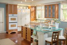 Lisbon Maple / Schluler Cabinetry