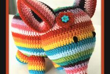Crochet Toys and Amigurumis / Toys, Amigurumis and other crochet creatures - sometimes with pattern links, sometimes just for inspiration