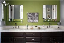 Guest bathroom / by Deborah Cruz