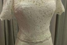 Νυφικά Συνολα / Νυφικά σύνολα από φούστες και τοπ για νέες κοπέλες που θέλουν κάτι πιο απλό για να παντρευτούν