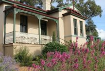 Australian Home Colours 1950 / Federation Homes